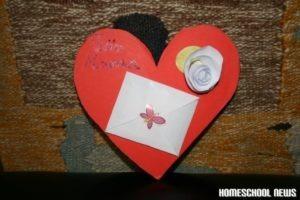Papierrosen, Muttertagsgeschenk basteln, Homeschool News, Bernice und Jan Zieba