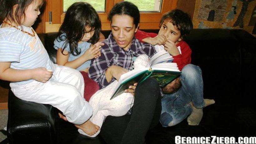 Kindern vorlesen