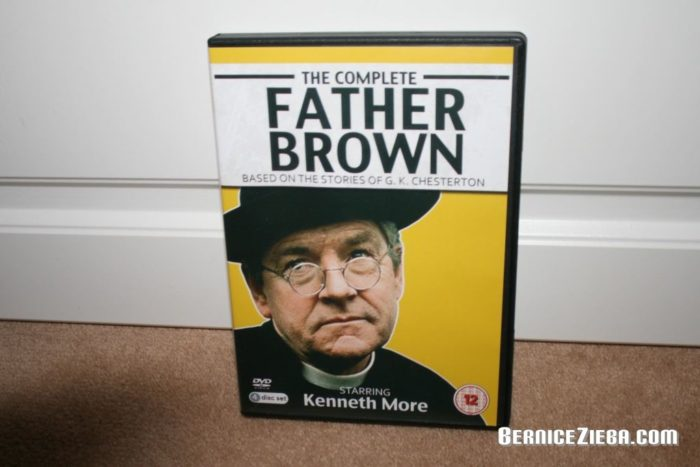 Father Brown DVD, Kenneth More