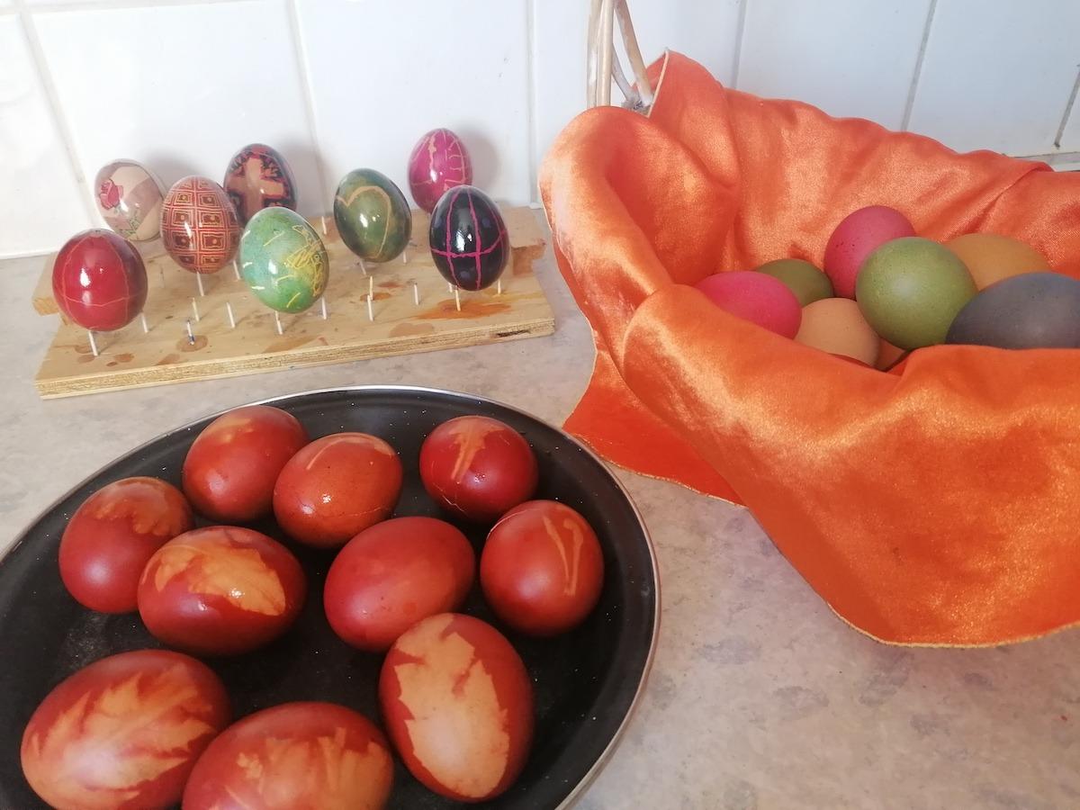 Easter-Eggs-2021